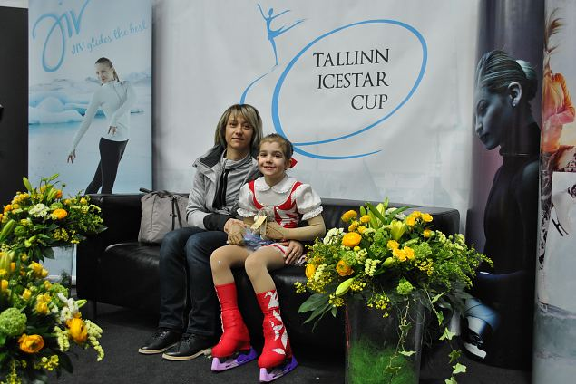 Viktorija LANGE from Latvia Pre-Chicks girls 1. place and her coach Galina Jefremenko